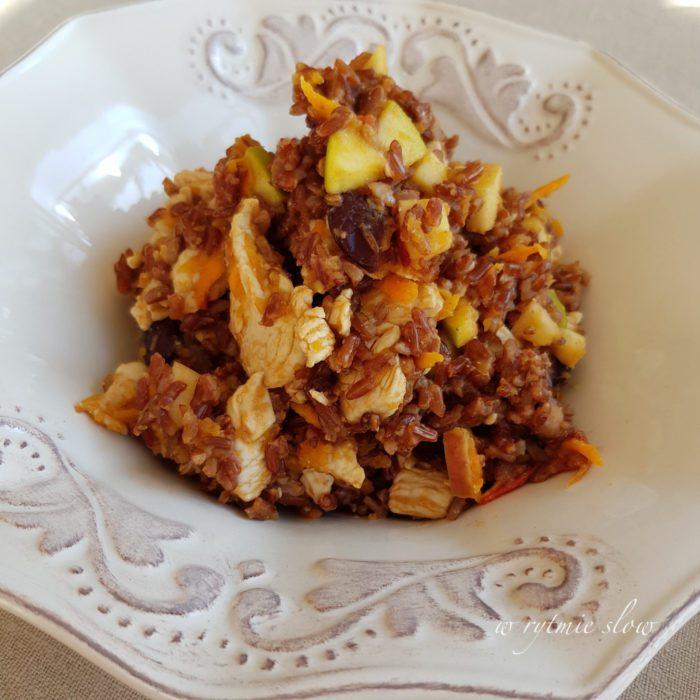 Jedzenie dla psa z ryżem i fasolą