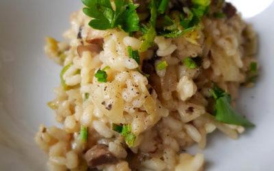 Ekspresowe wegańskie risotto z pieczarkami