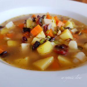 wegańska zupa jarzynowa