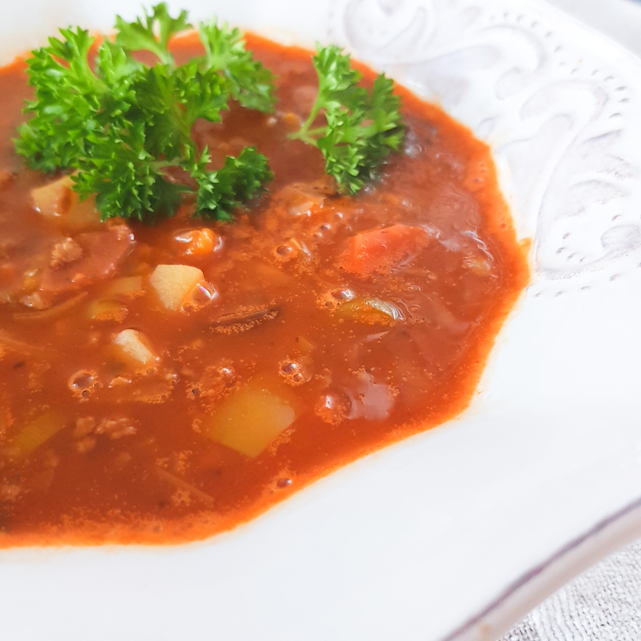 najlepsza wegańska zupa gulaszowa