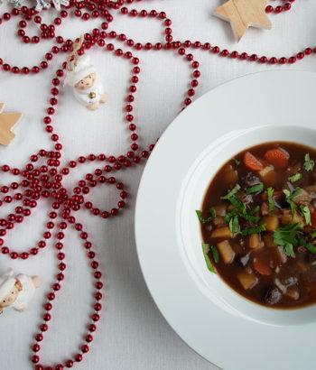 wegańska wigilijna zupa grzybowa