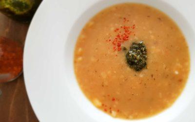 Zupa ziemniaczana z pesto w czasach zarazy.