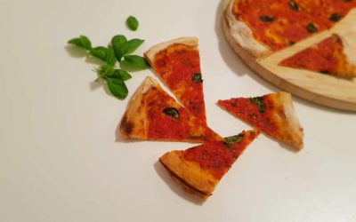 Pizza à la neapolitańska we własnym domu.