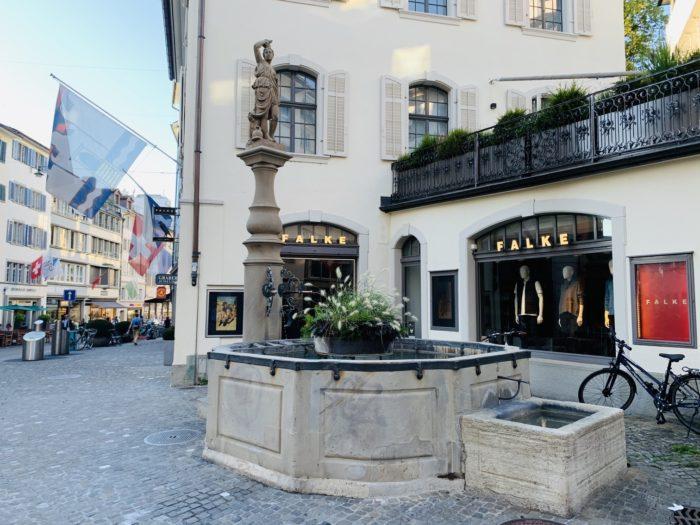 spacer po Zurychu